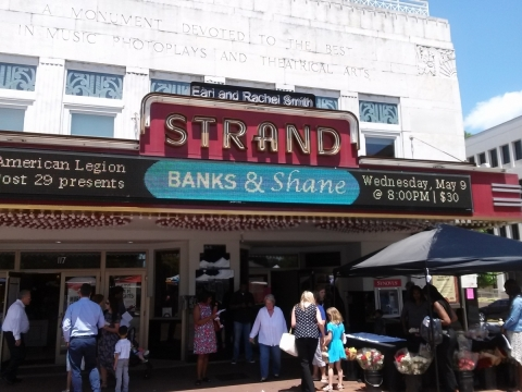 Banks and Shane at the Strand  05-09-2018