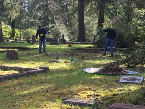 Post 236 Helps out Artondale Cemetery