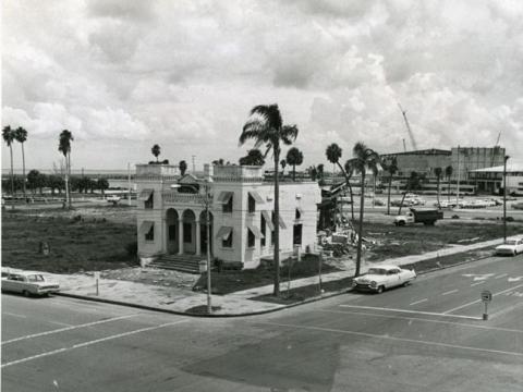 Post 14 in 1964